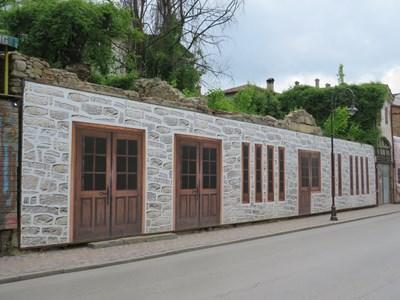 Руините на Стамболовия хан в старинната част на Велико Търново СНИМКА: Дима Максимова