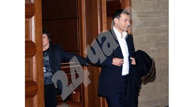 Съдът решава днес дали Миню Стайков ще остане за постоянно в ареста