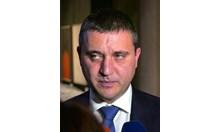 """Защо президентът да живее в """"Бояна"""", а един министър да излиза от панелката и да посреща и изпраща водопроводчици?"""