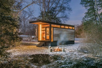 Снимки Facebook New Frontier Tiny Homes