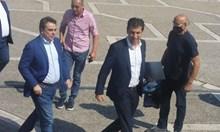 """Петков и Василев водили """"чисто приятелски"""" разговори с представители на БСП и ИТН"""