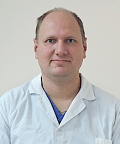 Д-р Велизар Шиваров