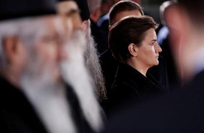 В Сърбия гей браковете също не са разрешени, но премиерката Ана Бърнабич и партньорката и? станаха родители СНИМКА: РОЙТЕРС