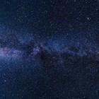 Астрономи: Космическото вещество пада под формата на спирали върху масивните звезди