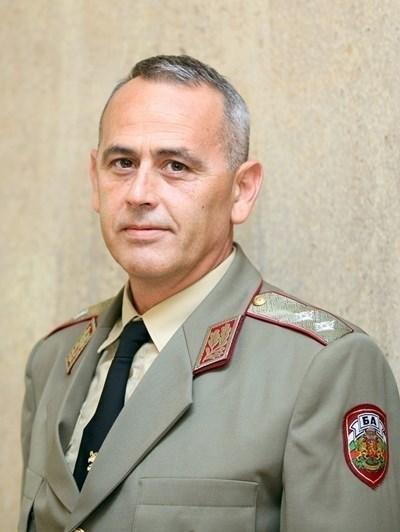 Генерал-майор Данчо Дяков Снимка: Архив