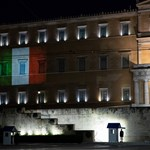Жертвите на коронавируса в Италия са близо 15 000