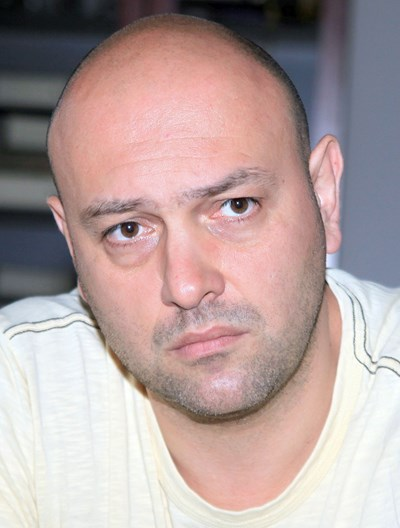 Димитър Аврамов се радва повече на рождените дни на приятелите си