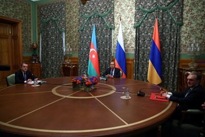 Армения и Азербайджан се договориха за прекратяване на огъня в Нагорни Карабах СНИМКА: Ройтерс