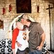 Гуен Стефани и Блейк Шелтън се сгодиха (Снимка)