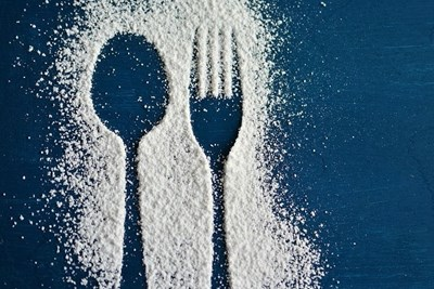 Изненадата от по-новите проучвания е, че за черния дроб прекаляването със захар е лошо като алкохола. СНИМКА: PIXABAY