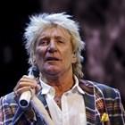75-годишният рокаджия Род Стюарт СНИМКА: Ройтерс