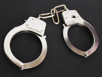 В Димитровград задържаха издирвания лихвар, гаврил се с момиче на 15 години