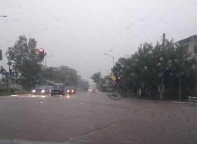 Улиците в Монтана като реки след порой (Видео)