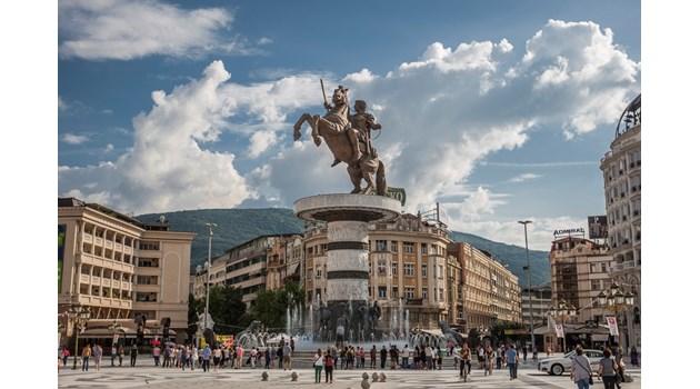 Как Гърция ни надхитри със Северна Македония. Подписаха близо до гроба на цар Самуил и Заев не се отказа от него. Атина може да твърди, че Ататюрк е част от елинската история