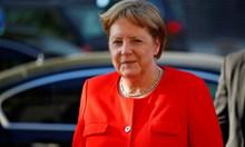 Меркел: Дължим добро оборудване на многото войници, които ни пазят