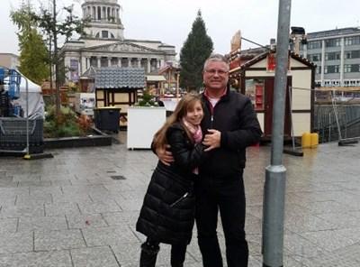 Мая Делева с баща си Данаил СНИМКА: Семеен архив