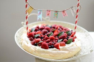 Най-лесната украса за торти