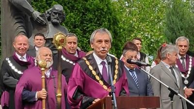 Проф. Христо Бонджолов на патронния празник на ВТУ. Снимка Авторката