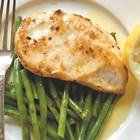 Пилешки гърди в лимонов сос