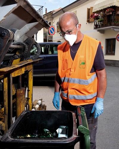 Боклукчия в Рим СНИМКА: Инстаграм