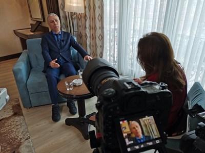 Али Агджа се съгласи да говори пред българска медия, след като последните години е отказал хиляди покани за интервю.