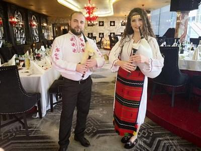 Владислава и брат й Тихомир с гайди. СНИМКИ: ЛИЧЕН АРХИВ