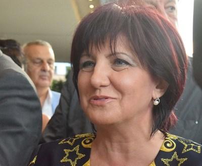 Цвета Караянчева пристигна в Пловдив за награждаването на жените с най-точен мерник във въоръжените сили.