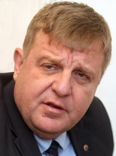"""Каракачанов пред  """"24 часа"""": Вкарваме втори евродепутат - Слабаков"""