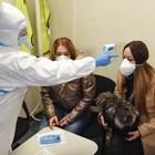 На учение за реакция при случай на коронавирус у нас две жени, пристигащи от Истанбул, влязоха в ролята на пътнички със симптоми на вируса. СНИМКА: ВЕЛИСЛАВ НИКОЛОВ