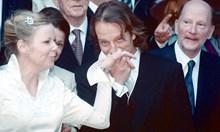 Защо Сакскобургготски избра да е премиер, а не цар на сватбата на княгиня Калина*