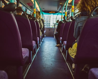 Най-малко трима души са загинали след катастрофа между автобус на градския транспорт и лек автомобил в едно от предградията на чешката столица СНИМКА: Pixabay