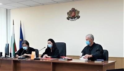 Съдиите оставиха Иван Бошнаков в ареста