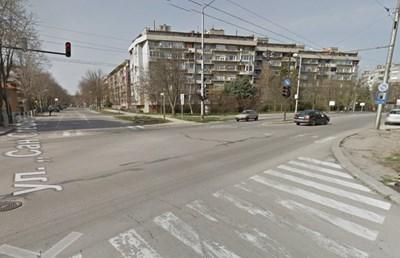 "Кръстовището на ул. ""Сан Стефано"" и бул. ""3-ти март"" в Добрич  СНИМКА: Гугъл стрийт вю"