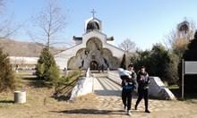 Св. Петка казва на Ванга къде да е Бялата църква в Рупите