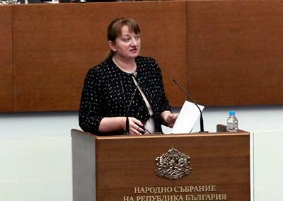 Деница Сачева бе категорична, че са защитени интересите на хората.