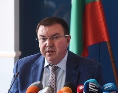Министърът на здравеопазването Костадин Ангелов СНИМКА: Архив