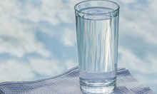 Брюксел ни препоръчва да предлагаме безплатно вода в ресторантите