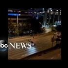 Мъж вряза колата си в протест в Сиатъл, 2 жени са тежко ранени (Видео)
