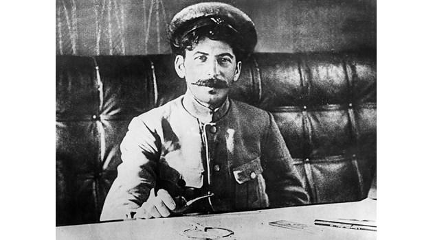 Войната в Нагорни Карабах - част от наследството на Сталин