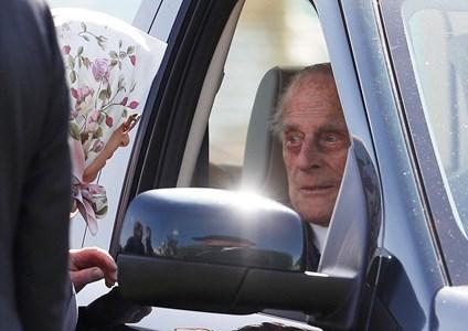 Кралица Елизабет и принц Филип Снимка: Ройтерс