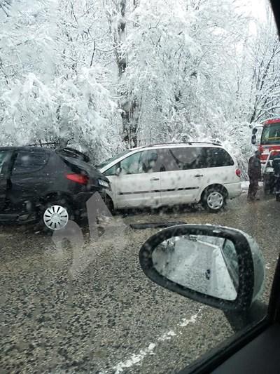 Катастрофа затрудни движението между Враца и Оряхово