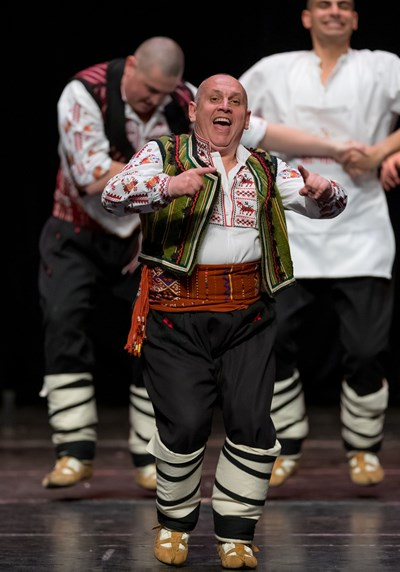 """Създателят на ансамбъл """"Българе"""" прекрати танцовата си дейност."""