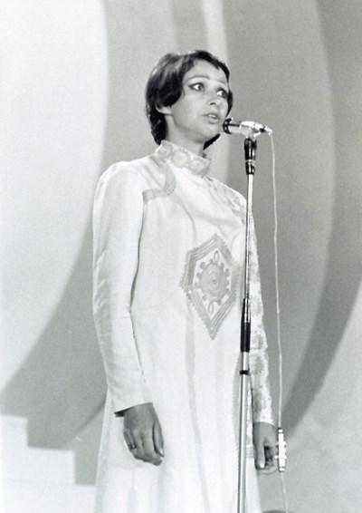 Паша Христова е първата изпълнителка на песента