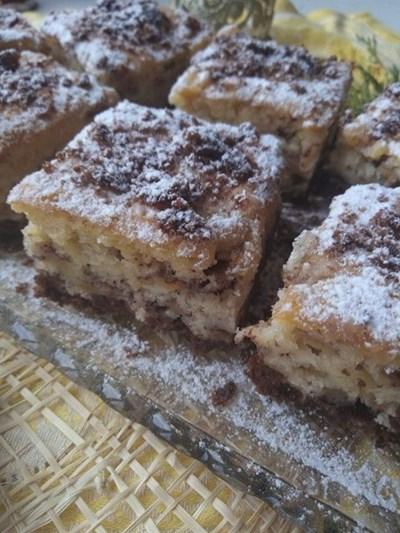 Ябълков сладкиш с какаови бисквити