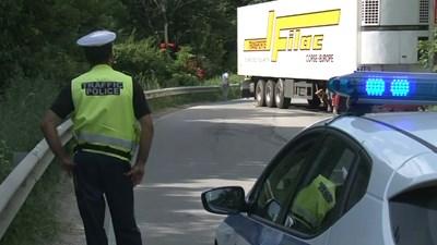 Украинецът Игор шофирал тира си с 2,81 промила.  СНИМКА: НОВА ТВ