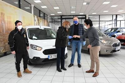 """""""Мото Пфое"""" даде две коли на София за доставка на храна по домовете"""