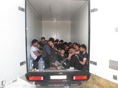 Тези мигранти са хванати на 21 юли.
