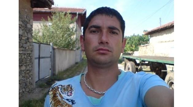 Окръжният съд в Пазарджик потвърди домашния арест на Лазар Влайков