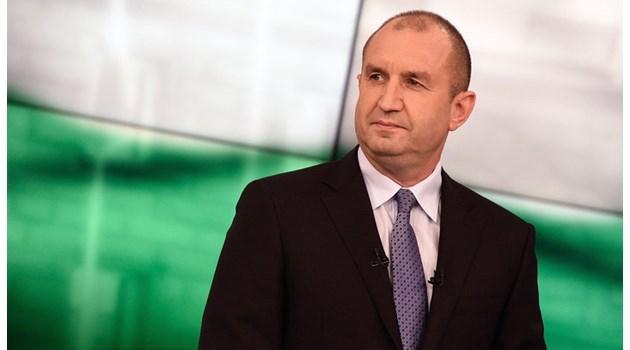 Руския (п)резидент генерал Радев не е изпратил букет на Силви Вартан