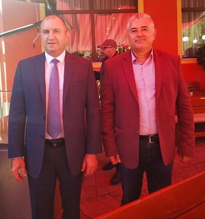 Президентът Радев със Сабрутев Снимки: Фейсбук